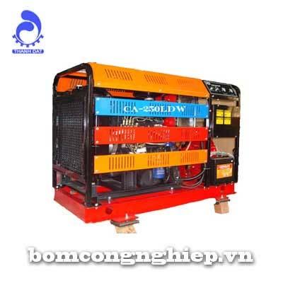 Máy bơm nước Diesel