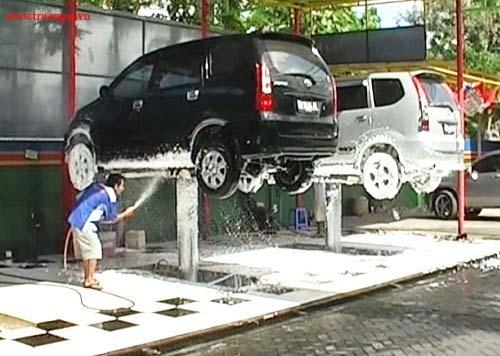 Máy bơm nước rửa xe ô tô chuyên dụng