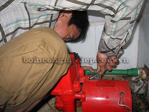 Bảo dưỡng sau bao lâu máy bơm nước 2